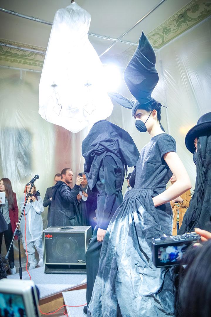 paris-fashion-week-vandevorst-fw16-photo-by-polina-paraskevopoulou-la-vie-en-blog-paris-17