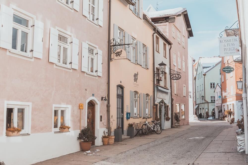 neuschwanstein-castle-fussen-bavaria-germany-la-vie-en-blog24