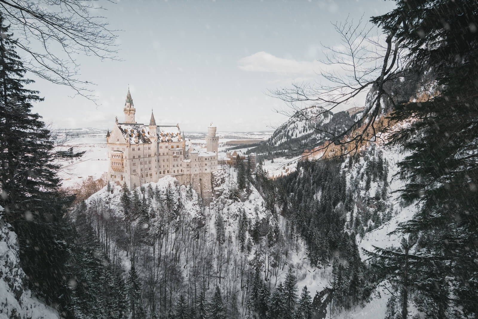 neuschwanstein-castle-fussen-bavaria-germany-la-vie-en-blog3